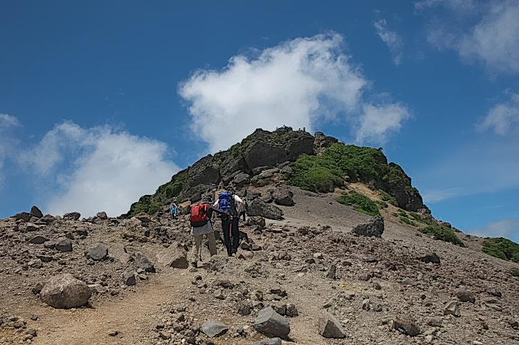 日本百名山に登りましょう